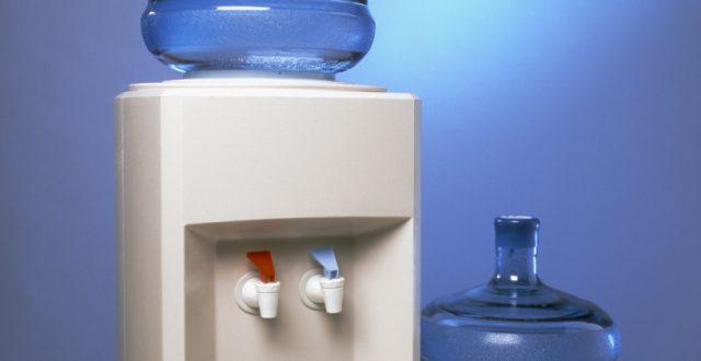 Fontaine à eau à bonbonnes